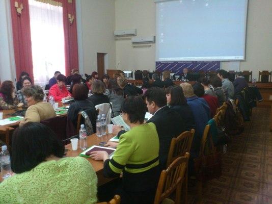 Moldova terviseedenduse spetsialistid õpivad Eesti edukatest näidetest noorte seksuaaltervise valdkonnas