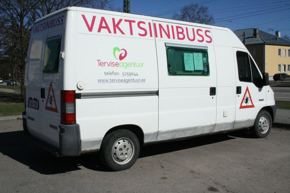 Vaktsiinibuss teeb viljandlastele vaktsineerimise lihtsaks ja kättesaadavaks