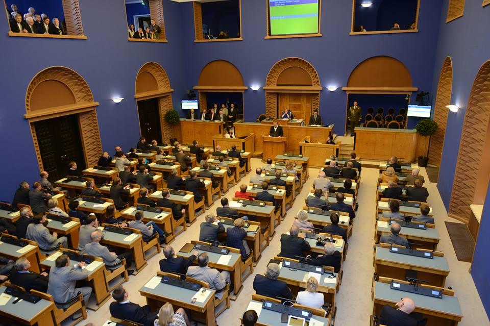 Riigikogu võttis vastu tervist kaitsva seaduse