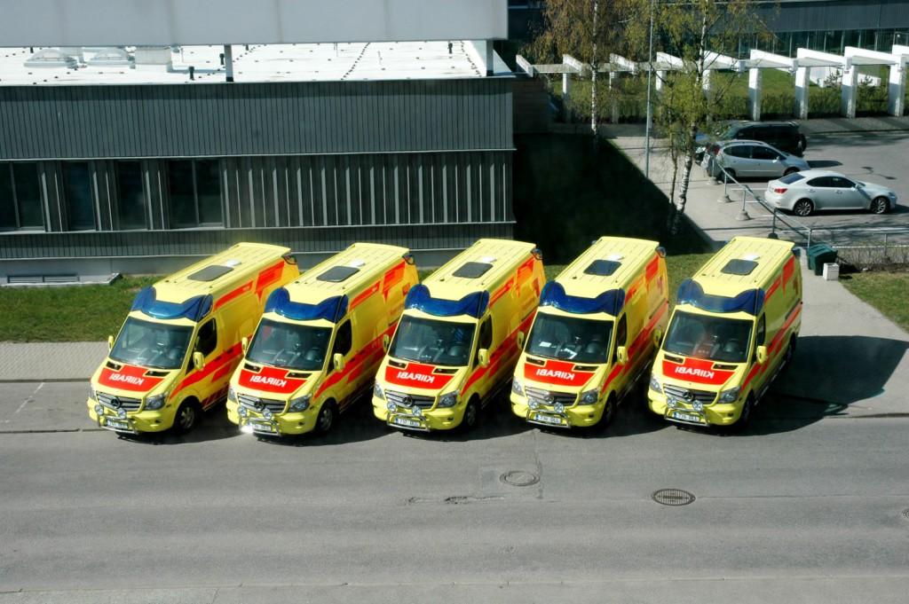 Silwi Autoehitus tarnis Põhja-Eesti Regionaalhaiglale viis uut kiirabiautot
