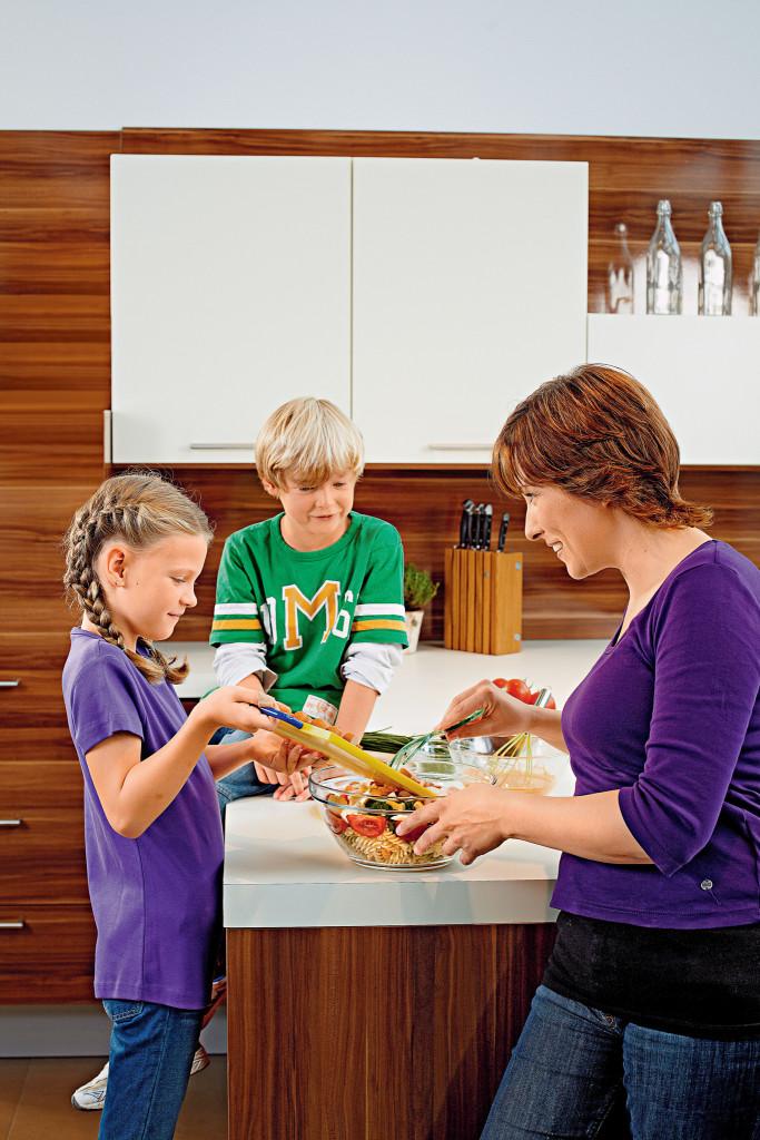 Uuring: ise süüa valmistavad lapsed on teadlikuma toiduvalikuga