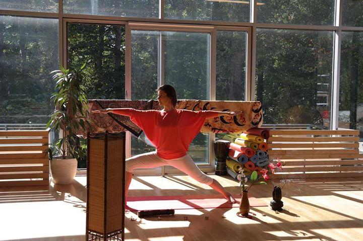 VÕIMALUS JOOGAGA TUTVUDA! Tartu Joogakeskuse teemaõhtud kannavad joogalainel sügisesse