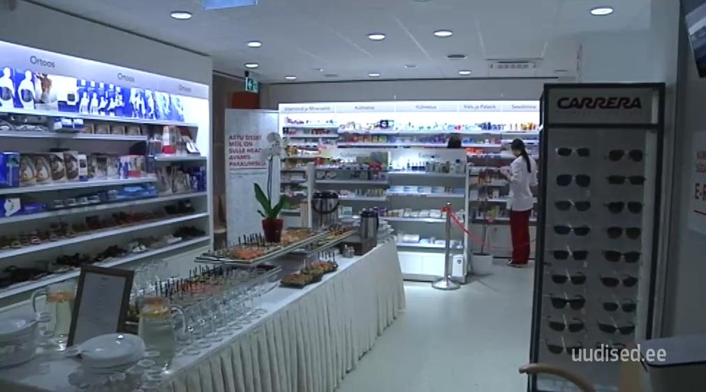 NUTIKAS LAHENDUS! Kuressaares avati multifunktsionaalne apteek