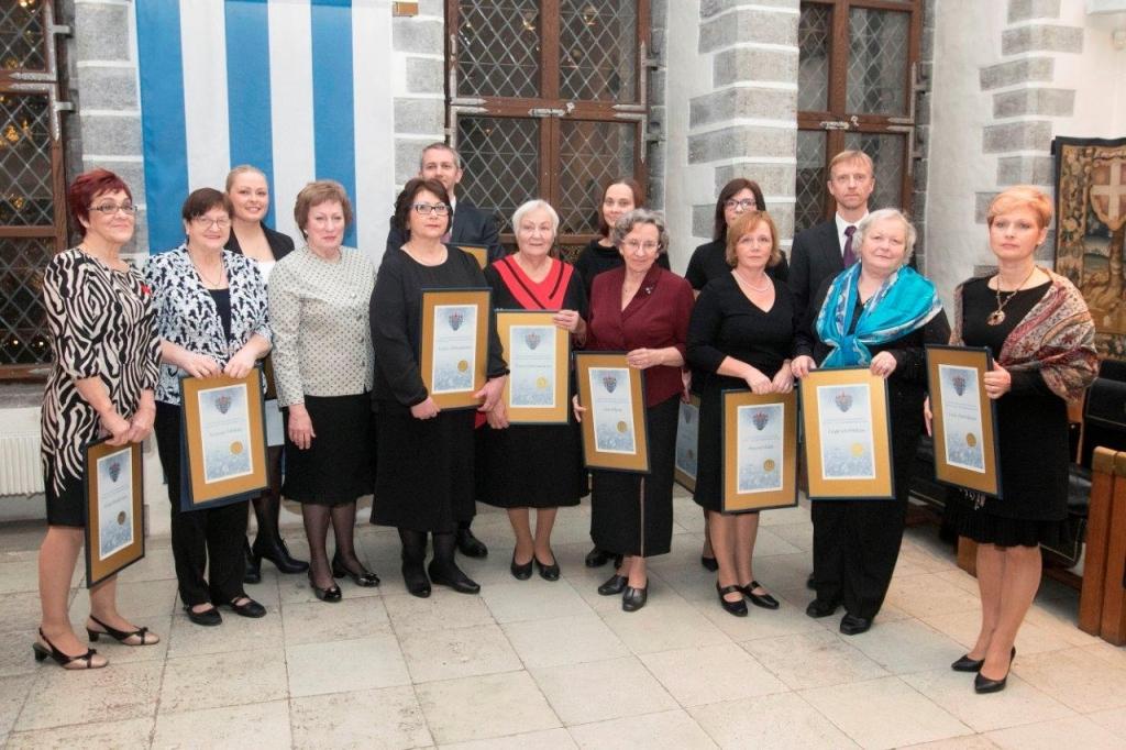 TUNNUSTUS! Raekojas tunnustati Tallinna parimaid arste ja õdesid