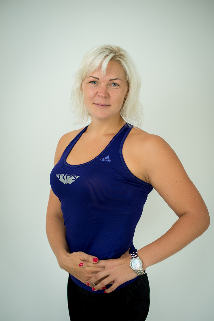 UUEL AASTAL UUE HOOGA! Treener Maris Rõngelep: algaja jaoks on kindlasti trennis käimise raskeim osa diivanist välisukseni