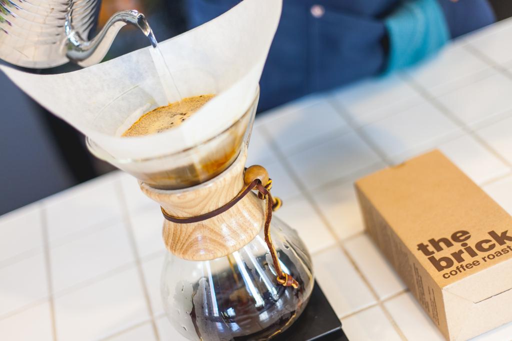KOHVIMEISTER ÕPETAB! Kuidas valmistada Chemex` kannuga kohvi?