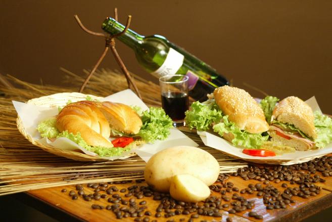 NÕUANDED! 14 nõuannet mida järgida väljas söömisel