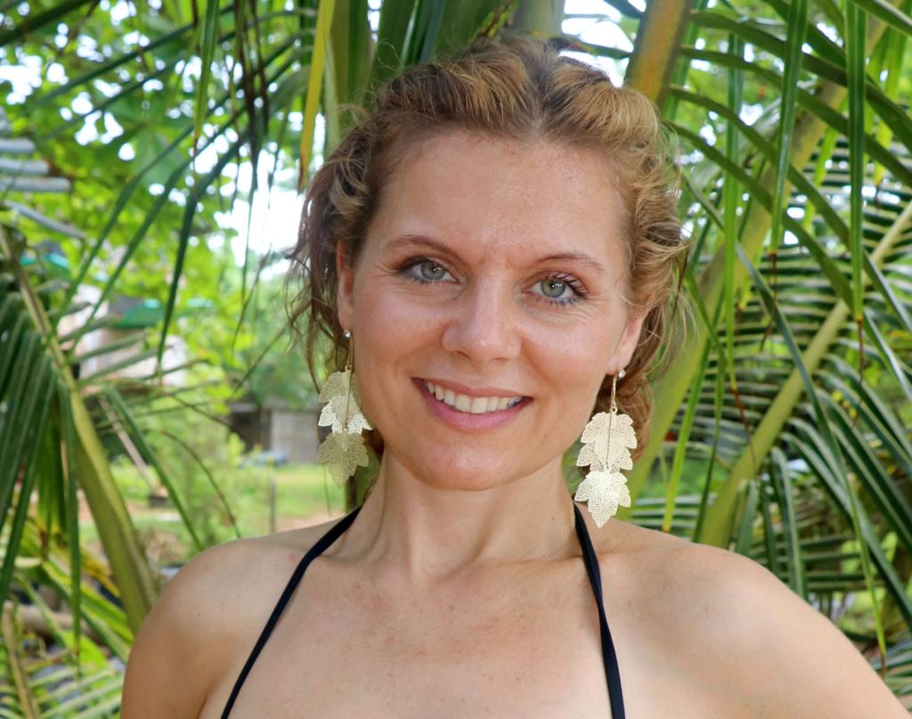 Taani toortoiduguru Sofie Svare Fischer juhendab tooršokolaadi töötuba