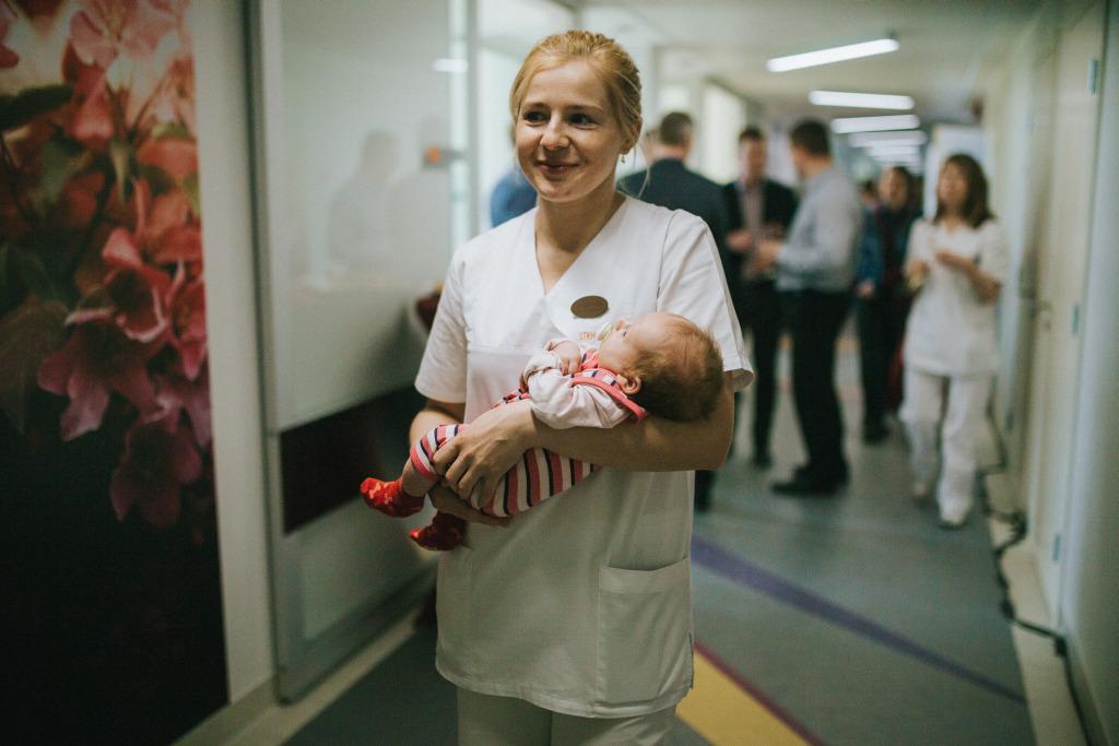 GALERII! Pelgulinna sünnitusmajas avati vastsündinute intensiivravi perepalatid