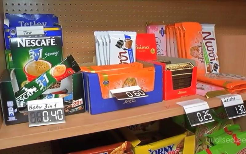 VIDEO! Rahvatervise seadus kaotab koolipuhvetitest kalorirohked maiustused ja snäkid