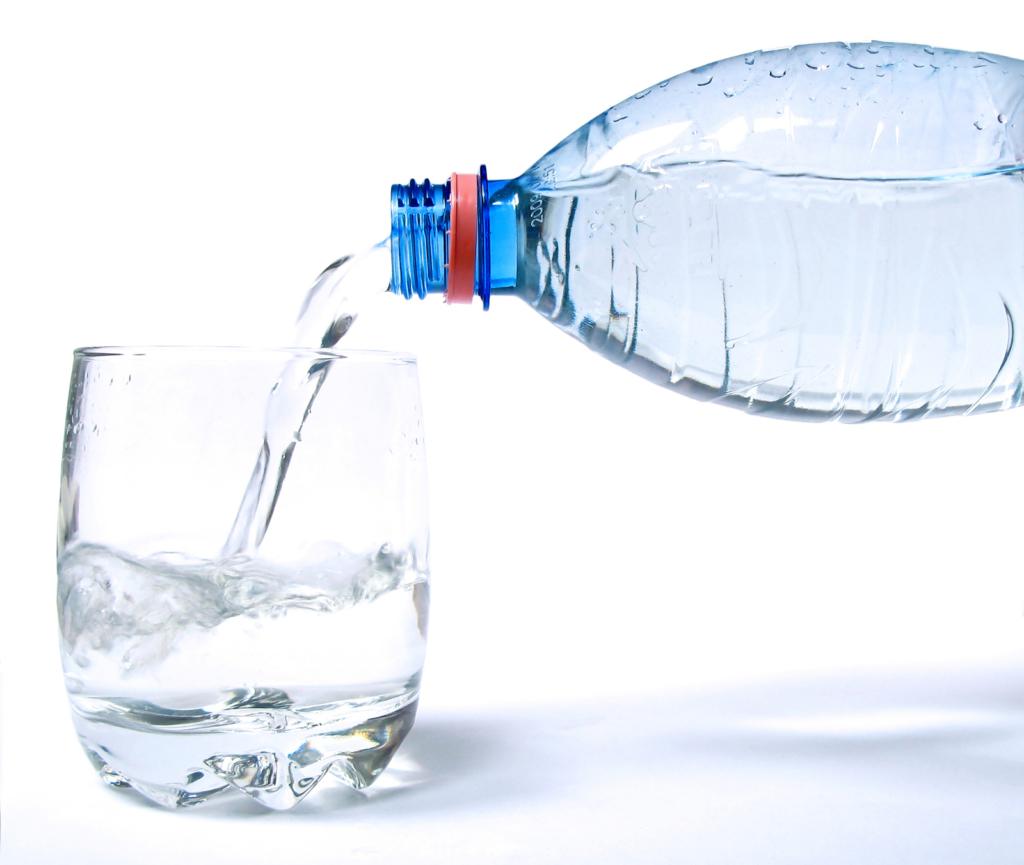 Teadlased kinnitavad! Regulaarne veejoomine parandab mälu