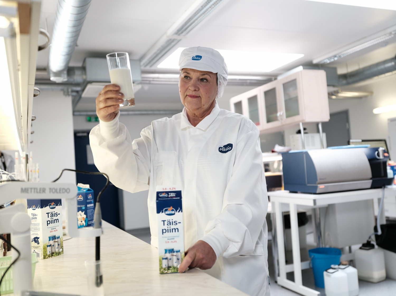 Piimaekspert selgitab: miks täispiima rasvaprotsent kõigub?