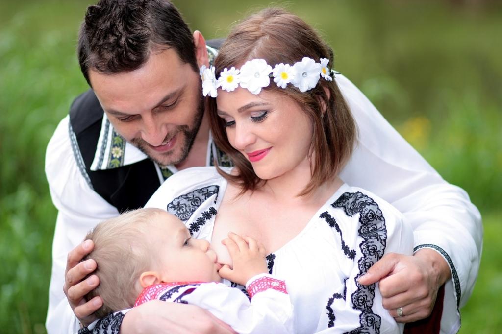 Imetamisnõustaja: rinnaga toitmine on normaalne elu osa
