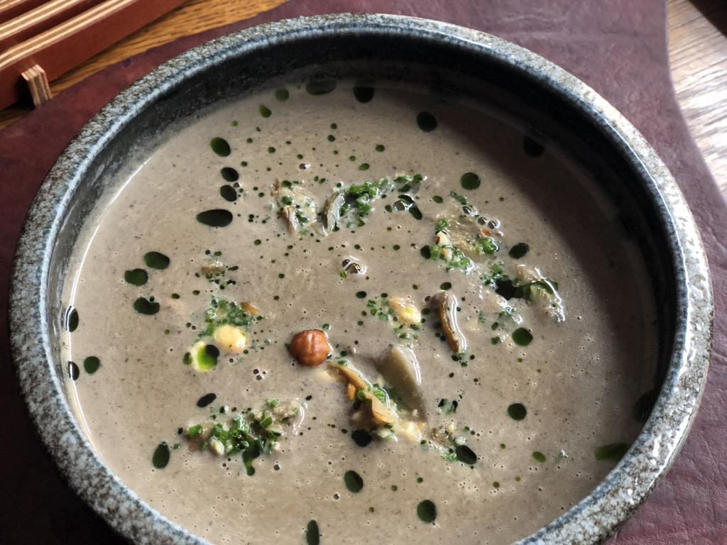 Creamy wild mushroom soup – Leib restoran