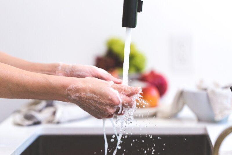 Sügishooajal aitab haigestumist vältida korralik kätepesu