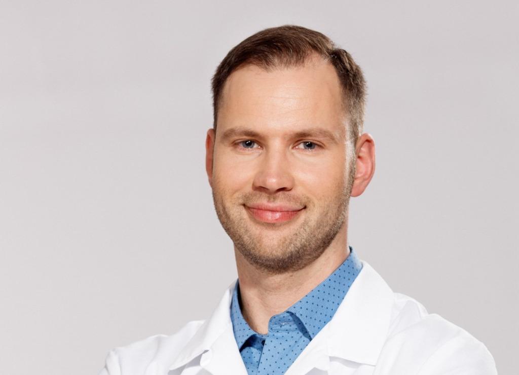 Dr. Martin Adamson2_1