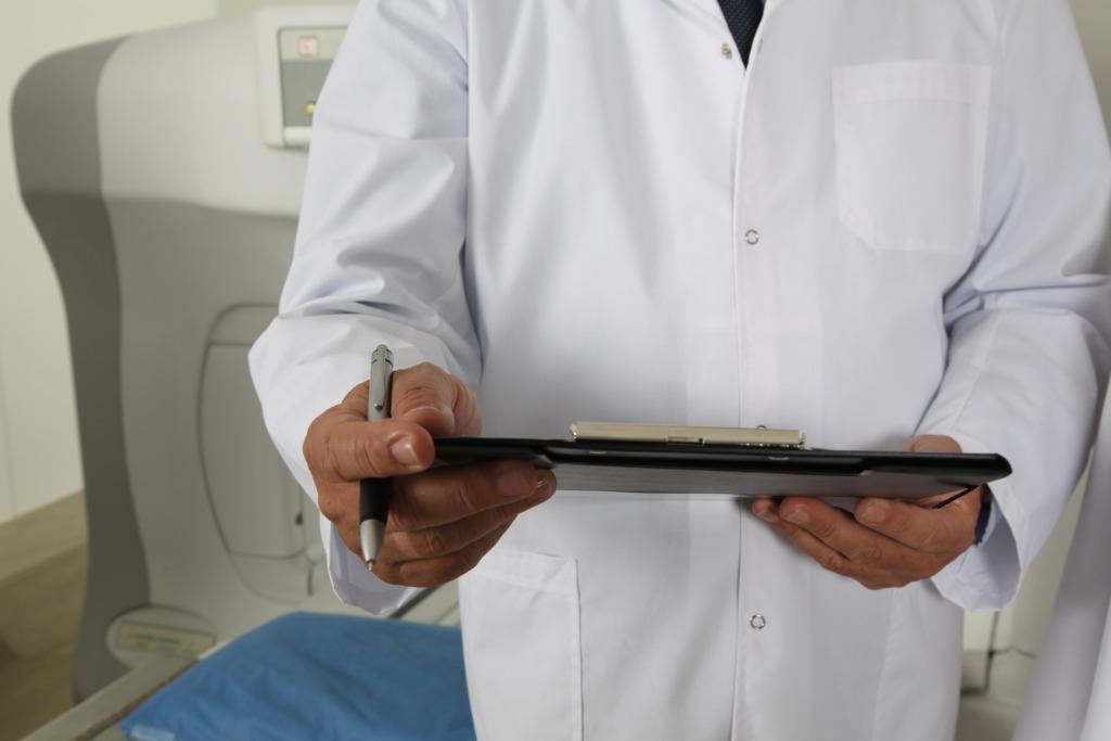 OLE TEADLIK I Haiglate eetikakomiteed sõnastasid soovitused kriisi võimendumise korral