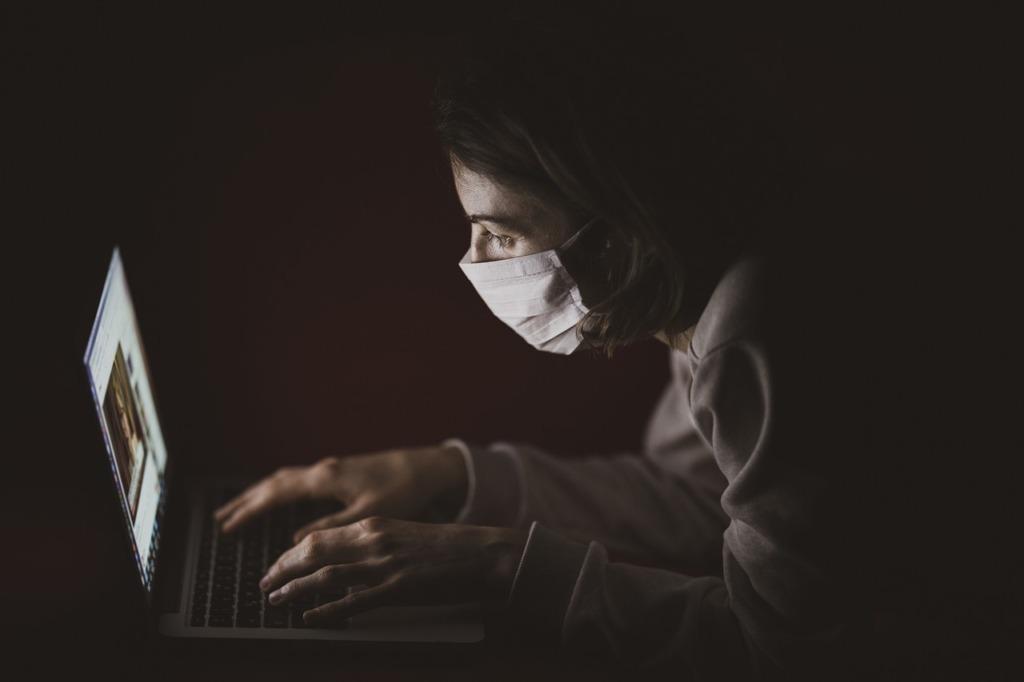KOOS KOROONAST ÜLE I Maski kandes annad oma panuse ravi kättesaadavusse