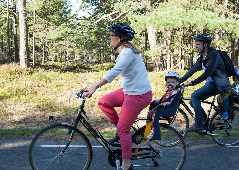 jalgrattaga sõitmine – Jürgen Voolaid – puhkaeestis.ee