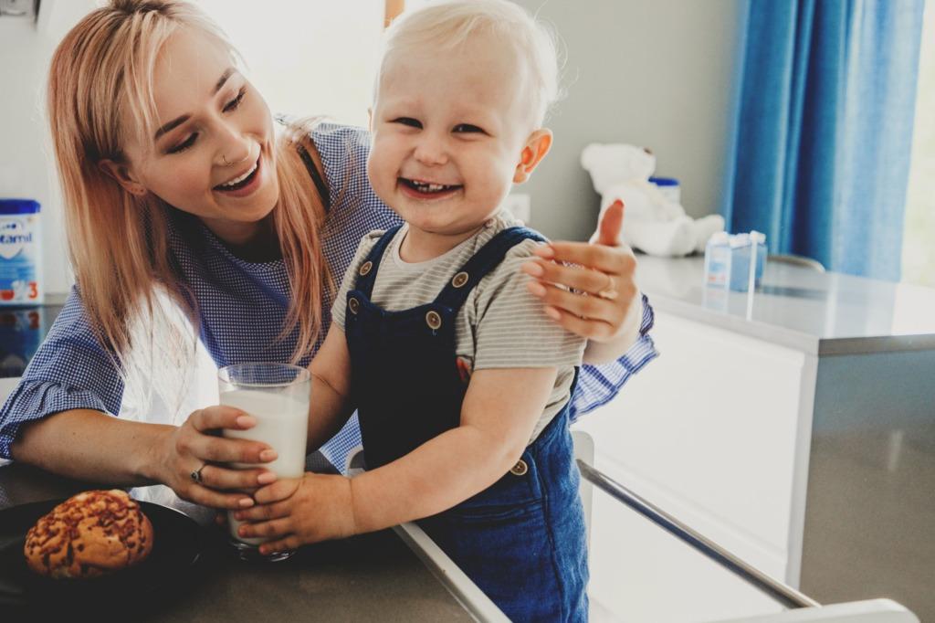 LAPSE TERVIS I Pediaater: laps õpib tervislikult sööma vanemat jäljendades