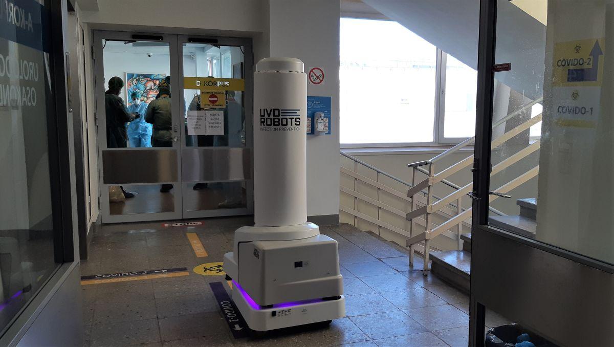 UV-C desinfektsioonirobot_LTKH
