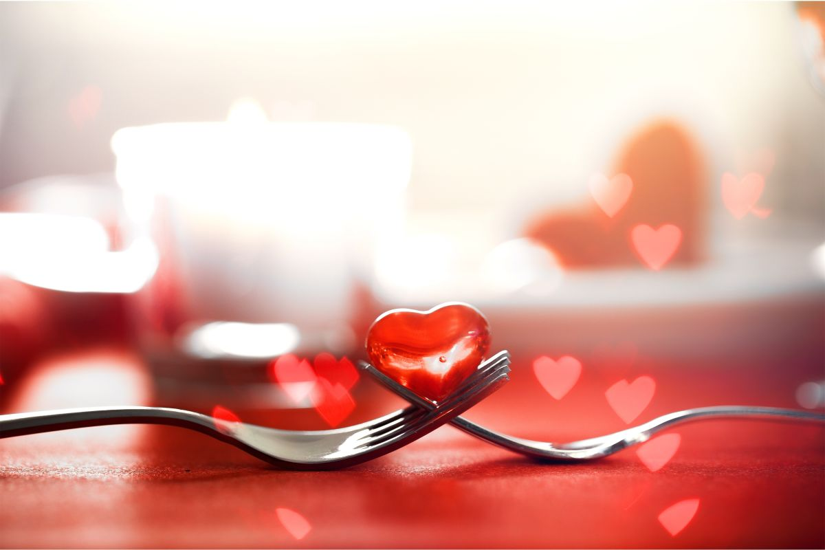 Valentines,Day,Dinner,With,Table